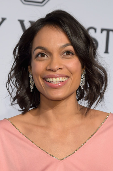 Rosario Dawson Short Wavy Cut - Short Hairstyles Lookbook ...