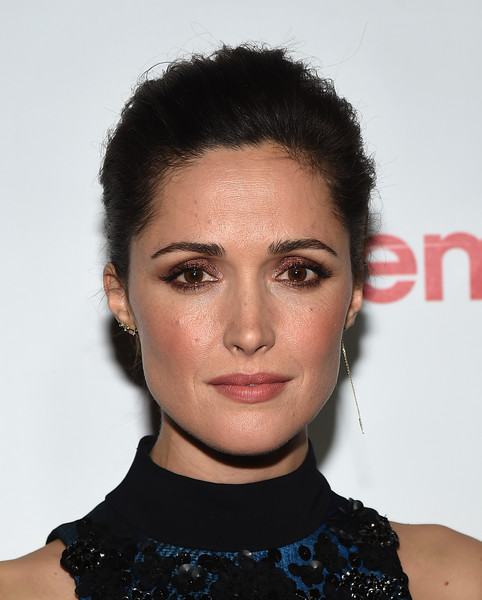 Rose Byrne Loose Bun [hair,face,hairstyle,eyebrow,lip,chin,beauty,black hair,forehead,cheek,rose byrne,cinemacon big screen achievement awards,the cinemacon big screen achievement awards,omnia nightclub,nevada,las vegas,coca-cola company,red carpet,cinemacon 2015,convention]