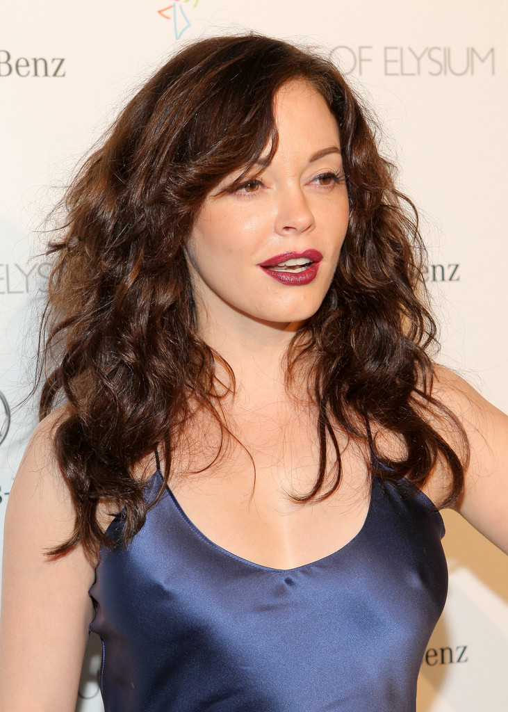 Rose Mcgowan Long Curls Rose Mcgowan Looks Stylebistro
