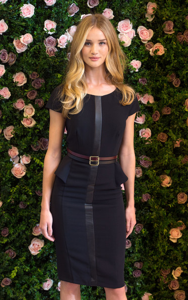 More Pics of Rosie Huntington-Whiteley Long Wavy Cut (5 of 12) - Rosie Huntington-Whiteley Lookbook - StyleBistro