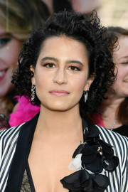 Ilana Glazer rocked mildly messy curls at the New York premiere of 'Rough Night.'