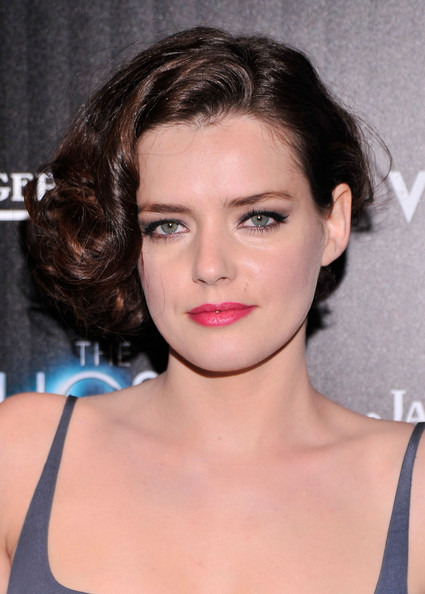 Roxane Mesquida Pinned Up Ringlets