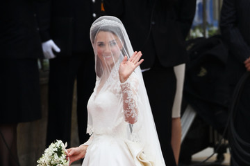 Kate Middleton Wedding Dress is Alexander McQueen
