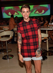 Ruby Rose wore a red and black plaid hooded T-shirt and jean shorts while DJing at Encore at Wynn Las Vegas.