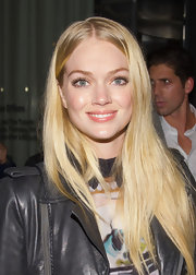 Lindsay Ellingson wore her long, shiny hair super straight at the NYC premiere of 'The Rum Diary.'