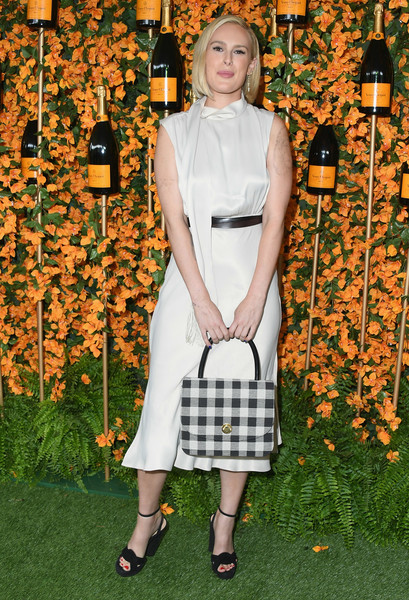 Rumer Willis Printed Tote [clothing,fashion,dress,footwear,shoe,style,cocktail dress,arrivals,rumer willis,los angeles,pacific palisades,california,will rogers state historic park,veuve clicquot polo classic]