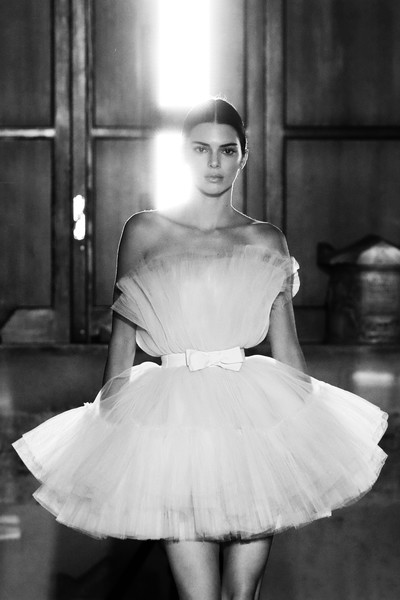 More Pics of Kendall Jenner Pink Lipstick (1 of 19) - Kendall Jenner Lookbook - StyleBistro [image,show,white,clothing,black,photograph,dress,shoulder,black-and-white,ballet tutu,fashion,beauty,giambattista valli,kendall jenner,runway,italy,rome,h m]
