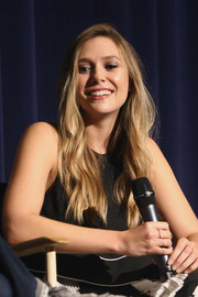 Elizabeth Olsen wore her long hair down in a boho-chic style at the 'Wind River' SAG Q&A.