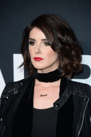 Shenae Grimes showed off a perfectly styled curled-out bob at the Saint Laurent show.