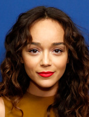 Ashley Madekwe looked very girly with her red, red lips and curly hair during day 2 of aTVfest.
