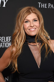Connie Britton wore her hair in loose, messy waves at the Haiti Rising Gala.