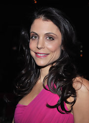 Bethenny Frankel complemented her bright frock with a subtler shade or hot pink lipstick.