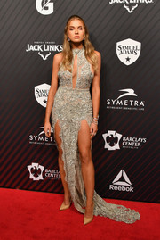 Kate Bock was all about sexy glamour in an embroidered silver gown with a keyhole cutout and double slits at the Sports Illustrated 2017 Sportsperson of the Year show.