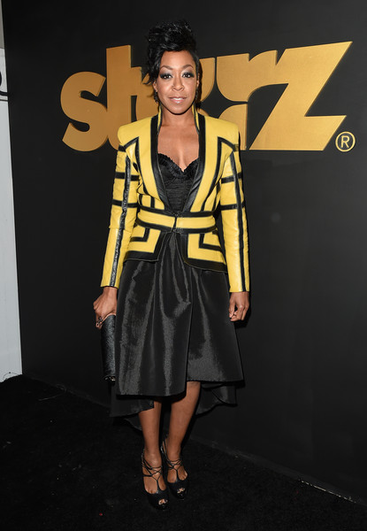 More Pics of Tichina Arnold Fauxhawk (1 of 11) - Short Hairstyles Lookbook - StyleBistro []