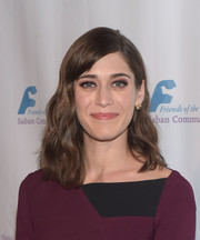 Lizzy Caplan looked sweet with her shoulder-length waves at the Saban Community Clinic's Dinner Gala.