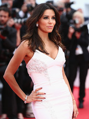 Eva Longoria chose a deep red color for her nails for the Cannes premiere of 'Saint Laurent.'