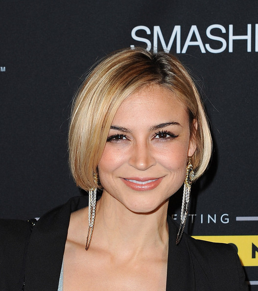 Samaire Armstrong Dangling Chain Earrings [hair,face,hairstyle,eyebrow,blond,chin,shoulder,lip,beauty,forehead,livestrong foundation,smashbox studios,california,hollywood,art mere art pere night,samaire armstrong]