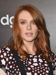 Bryce Dallas Howard styled her flaming locks with wavy ends for the Samsung launch party.
