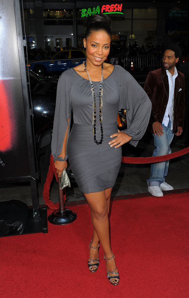 Sanaa Lathan Glass Beaded Necklace