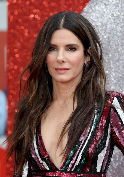 Sandra Bullock Long Wavy Cut [hair,beauty,human hair color,hairstyle,girl,lady,long hair,smile,black hair,brown hair,red carpet arrivals,sandra bullock,ocean,uk,england,london,cineworld leicester square,premiere,uk premiere]