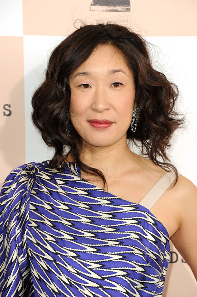 Sandra Oh Curly Updo