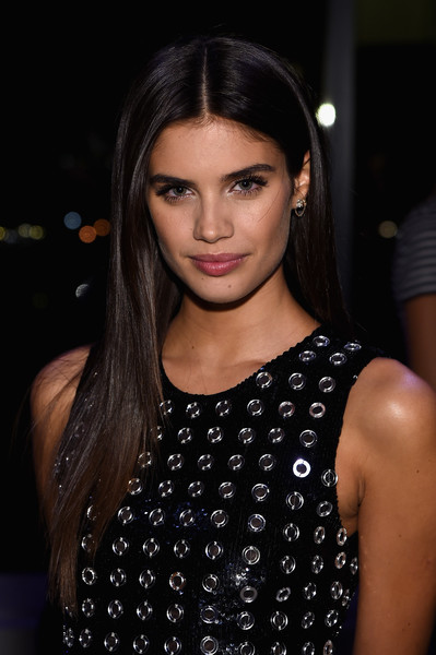 Sara Sampaio Layered Cut