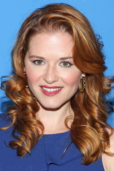 Sarah Drew Red Lipstick [hair,face,hairstyle,eyebrow,blond,chin,long hair,lip,beauty,brown hair,sarah drew,arrivals,beverly hills,california,the beverly hilton hotel,abc television group,disney,2013 summer tca tour]