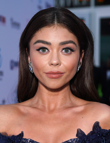 Sarah Hyland Long Straight Cut [the wedding year,la premiere of entertainment studios motion pictures,red carpet,hair,face,eyebrow,hairstyle,lip,chin,beauty,skin,forehead,brown hair,sarah hyland,arclight hollywood,california,la premiere]