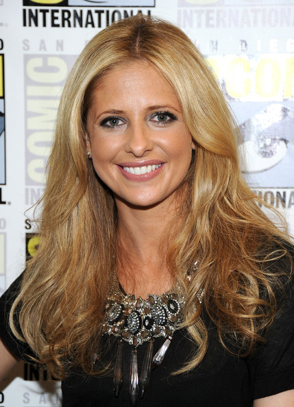 Sarah Michelle Gellar Smoky Eyes