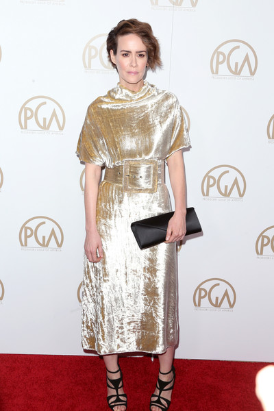 Sarah Paulson Envelope Clutch [fashion model,flooring,carpet,fashion,dress,catwalk,shoulder,red carpet,outerwear,cocktail dress,arrivals,sarah paulson,beverly hills,california,the beverly hilton hotel,annual producers guild awards]