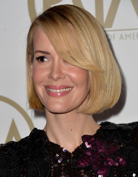 Sarah Paulson Bob [hair,face,hairstyle,blond,eyebrow,chin,lip,beauty,hair coloring,brown hair,arrivals,sarah paulson,beverly hills,california,the beverly hilton hotel,25th annual producers guild of america awards,producers guild of america awards]