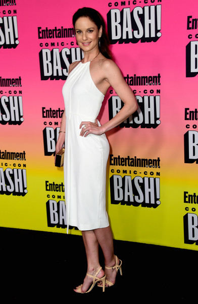 Sarah Wayne Callies Slingbacks [entertainment weekly hosts its annual comic-con party at float at the hard rock hotel,san diego in celebration of comic-con 2016 - arrivals,clothing,dress,premiere,cocktail dress,shoulder,carpet,event,magazine,style,fashion model,sarah wayne callies,float,san diego,california,hard rock hotel,entertainment weekly,hbo,comic-con bash]
