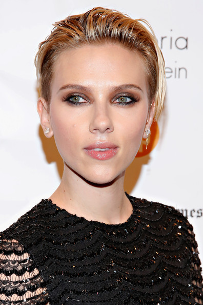 Scarlett Johansson Fauxhawk [hair,face,eyebrow,hairstyle,lip,blond,beauty,chin,shoulder,forehead,new york city,cipriani wall street,gotham independent film awards - arrivals,scarlett johansson]