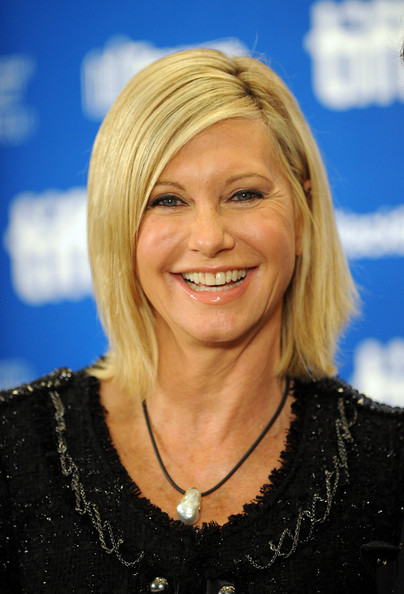 Olivia Newton-John's Modern Side-part