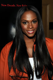 Tika Sumpter wore her glorious locks in a center part at the 'Scream 4' screening.
