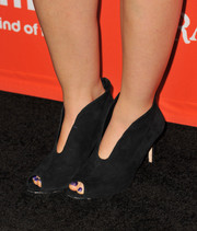 Lucy Hale attended the 'Pretty Little Liars' Halloween episode screening wearing edgy-chic cutout boots.