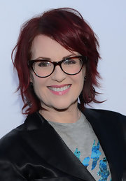 Megan Mullally showed off her quirky deep red hair with this choppy messy 'do!