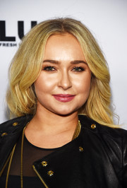Hayden Panettiere styled her hair into a feathered flip for the screening of 'Sharkwater Extinction.'