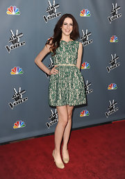 Paulina Cerrilla chose a fun green floral frock with a belted waist and full skirt for her red carpet look at 'The Voice' Season 4 screening.