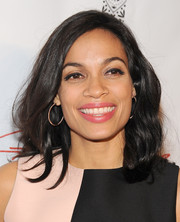 Rosario Dawson kept her look simple with this shoulder-length wavy cut when she attended the 'Gimme Shelter' screening in Hollywood.