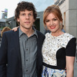 Isla Fisher and Jesse Eisenberg