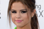 Selena Gomez Cat Eyes