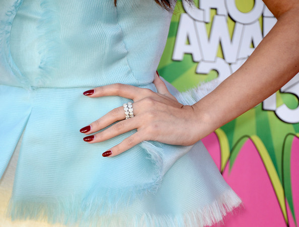 Selena Gomez Diamond Ring