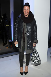 A black-and-white floral tote added a girly touch to Garance Dore's cold-weather ensemble.
