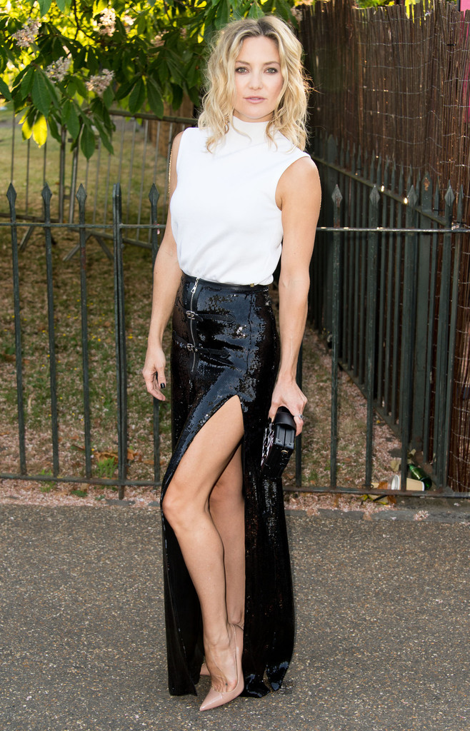 Look Of The Day Kate Hudson Stuns In Black And White