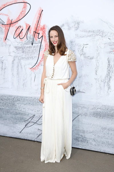 More Pics of Kaya Scodelario Long Side Part (1 of 3) - Kaya Scodelario Lookbook - StyleBistro [white,clothing,dress,shoulder,fashion,gown,formal wear,joint,fashion model,neck,arrivals,kaya scodelario,london,england,the serpentine gallery,serpentine summer party]
