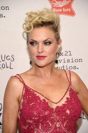 Elaine Hendrix was rocker-glam with her curly pompadour at the 'Sex&Drugs&Rock&Roll' season 2 premiere.
