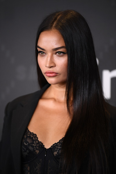 Shanina Shaik Long Straight Cut [savage x fenty show,hair,face,hairstyle,black hair,long hair,beauty,eyebrow,lip,brown hair,chin,video - arrivals,shanina shaik,brooklyn,new york,barclays center,amazon prime]