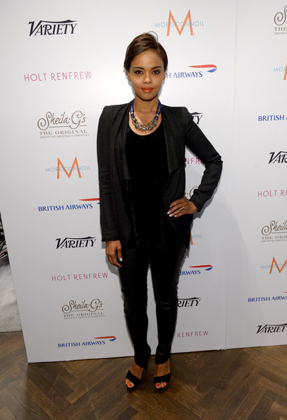 Sharon Leal Clothes