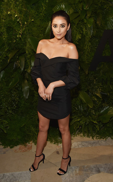 Shay Mitchell Off-the-Shoulder Dress [clothing,shoulder,dress,little black dress,cocktail dress,lady,joint,leg,fashion,beauty,a e,new york city,shay mitchell]